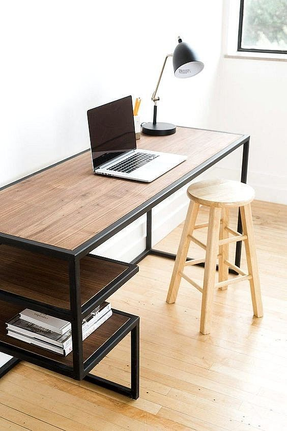Chelsea Study Table